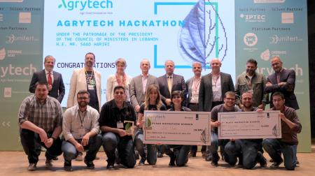 IO Tree wins Agrytech Hackathon with fruit fly Monitoring and Machine Learning