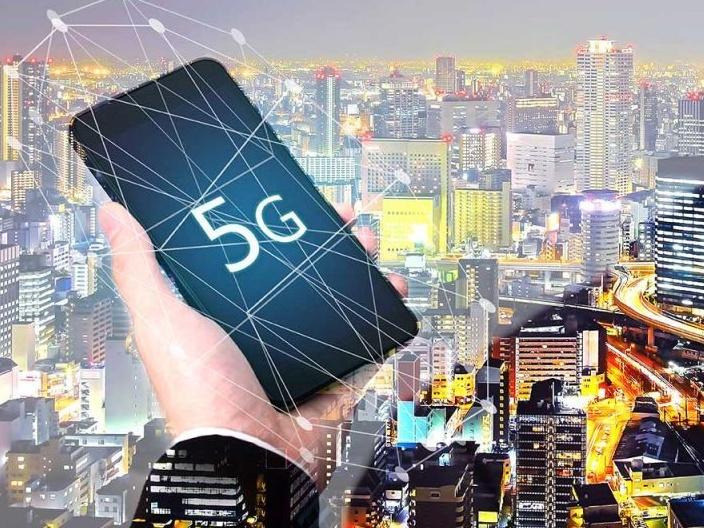 Big News! After Etisalat, Du Also Hops Onto the 5G Train