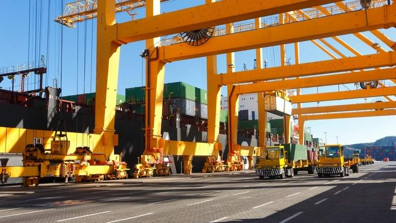 UAE's logistics sector in the fast lane