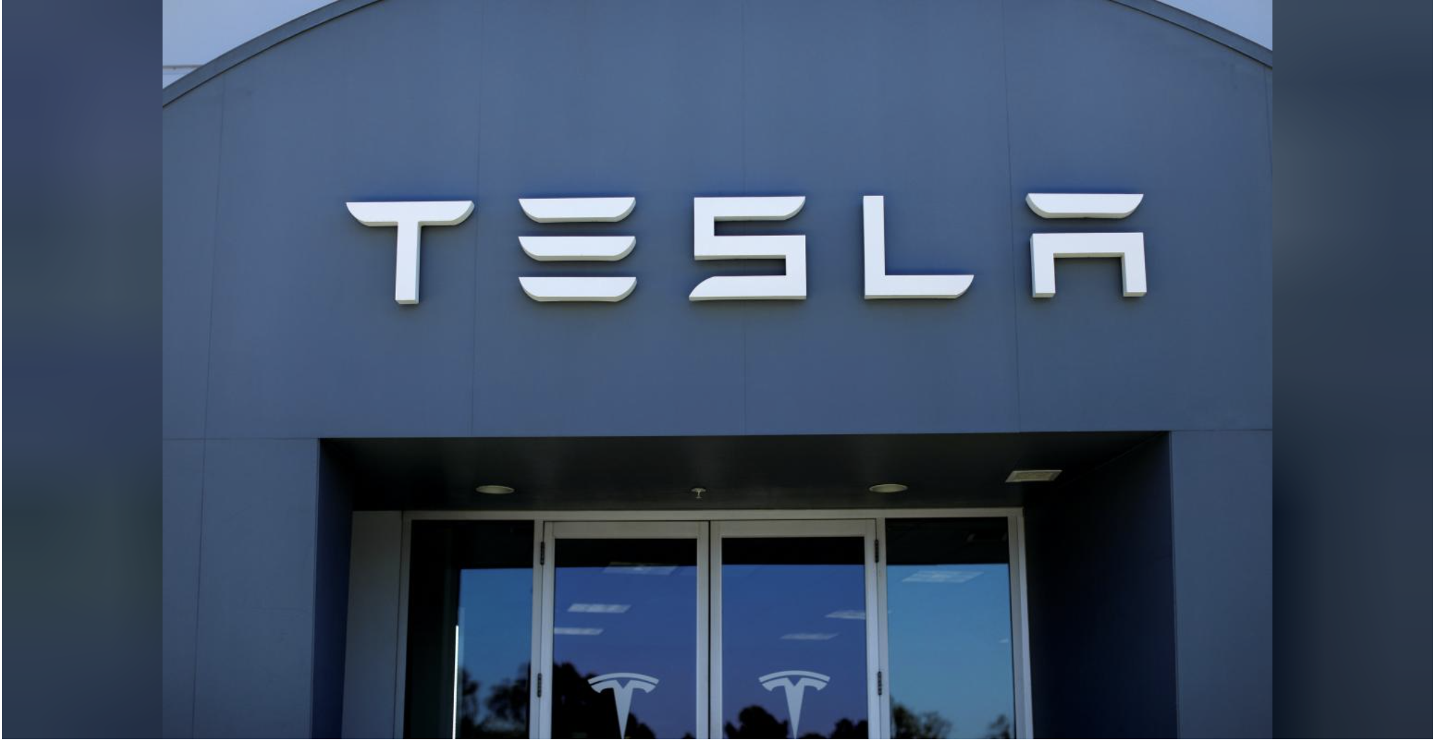 Saudi sovereign fund builds 3 to 5 percent stake in Tesla: FT