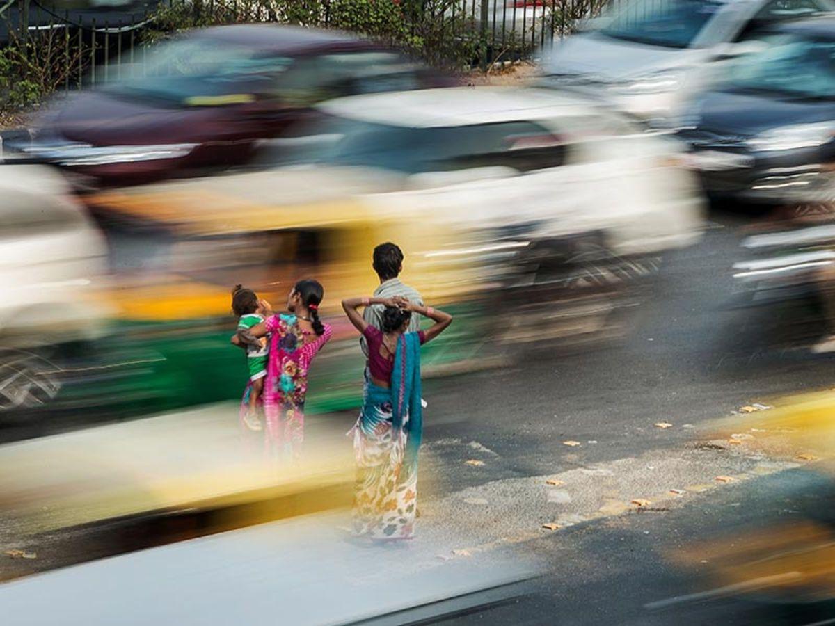 Dubai Ride Hailing Firm Careem Buys India Bus-Shuttle App Commut