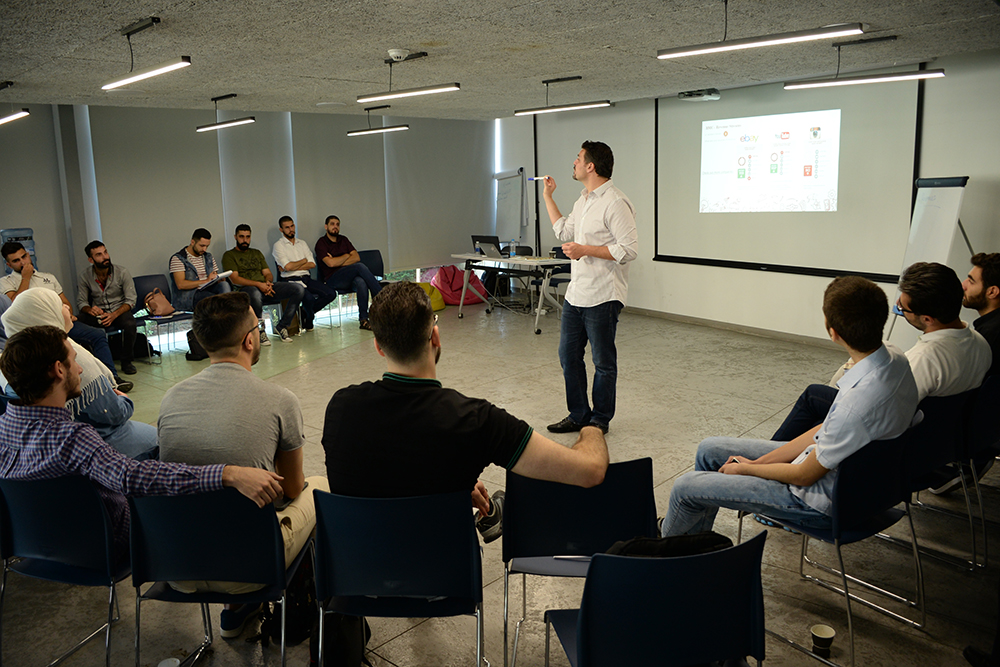 The Startup Roadshow Kicked Off its First Bootcamp for 20 Syrian Startups in Lebanon