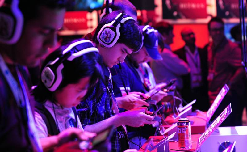 Apple looking at the long haul on the gaming industry