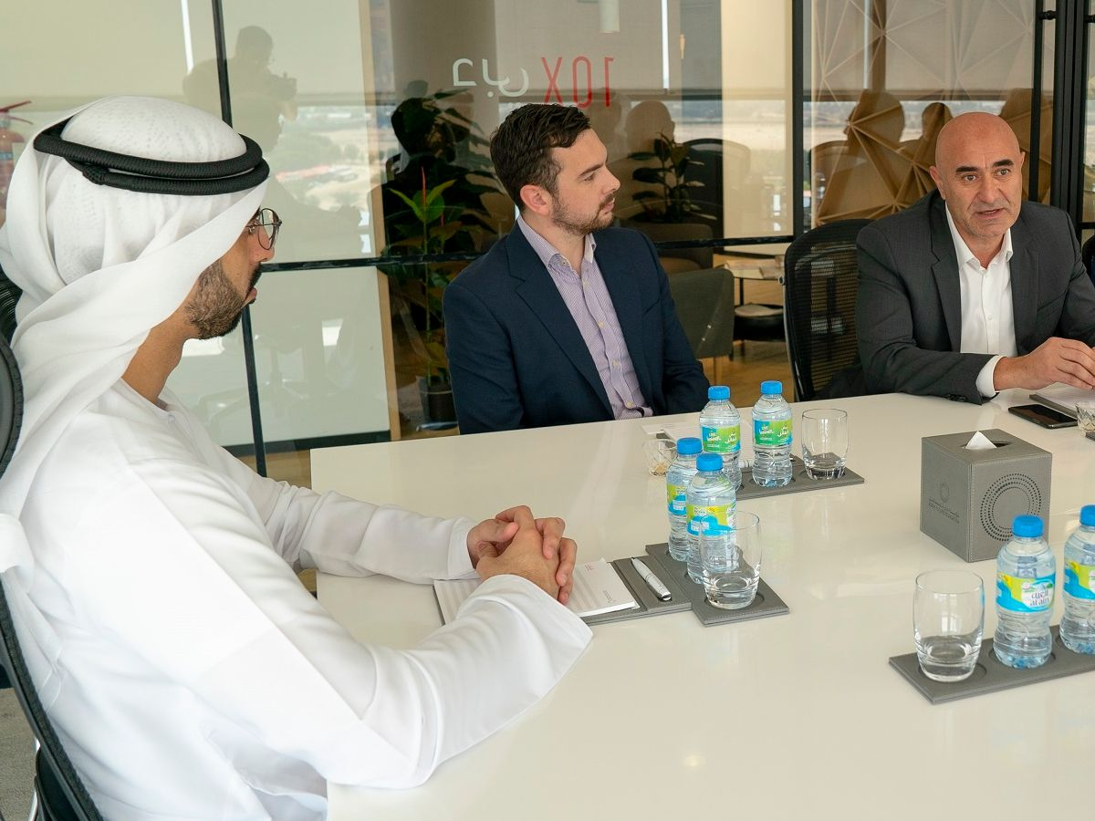 The Dubai Future Council on Artificial Intelligence holds its first meeting and looks to utilize AI to strengthen Dubai's status as a future global city